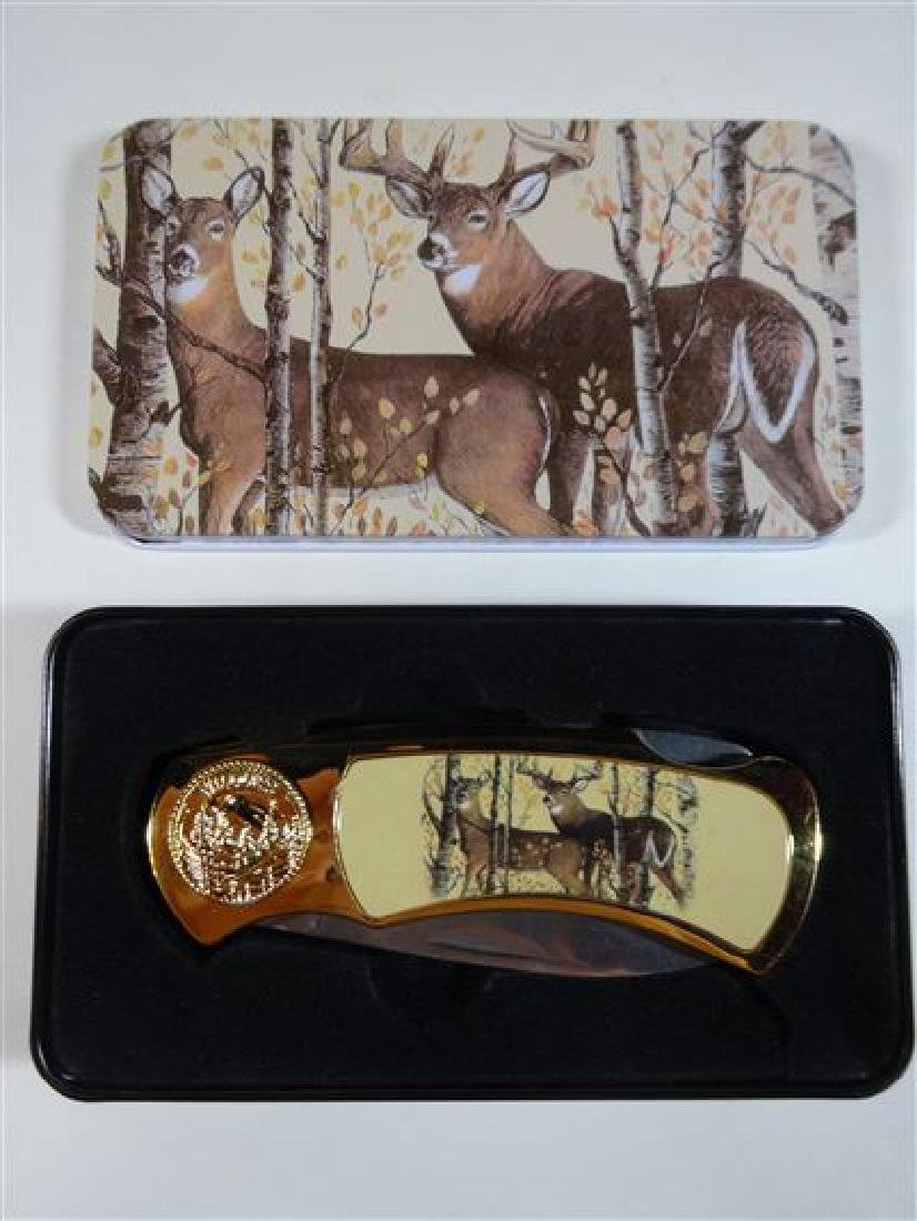 WHITETAIL BUCK FOLDING KNIFE IN CASE, VERY GOOD
