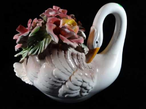capodimonte italian porcelain swan and flowers with n