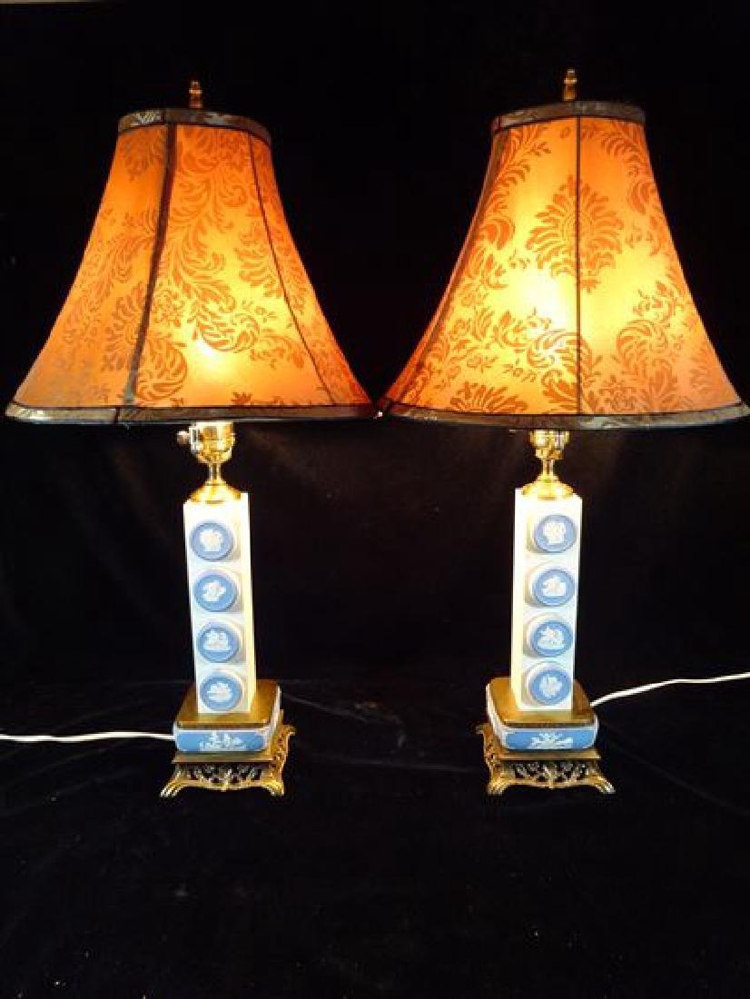 PAIR JASPERWARE MEDALLION TABLE LAMPS, NEOCLASSICAL