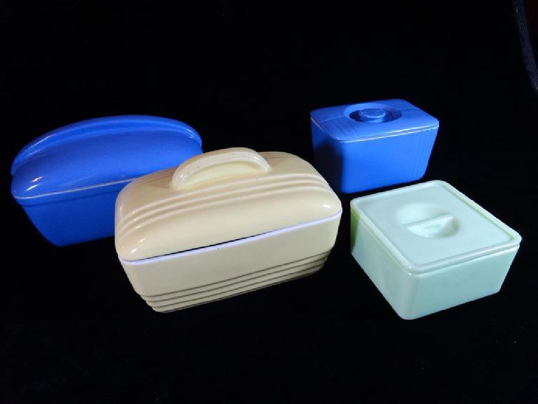 4 VINTAGE CERAMIC REFRIGERATOR BOXES WITH LIDS, CIRCA