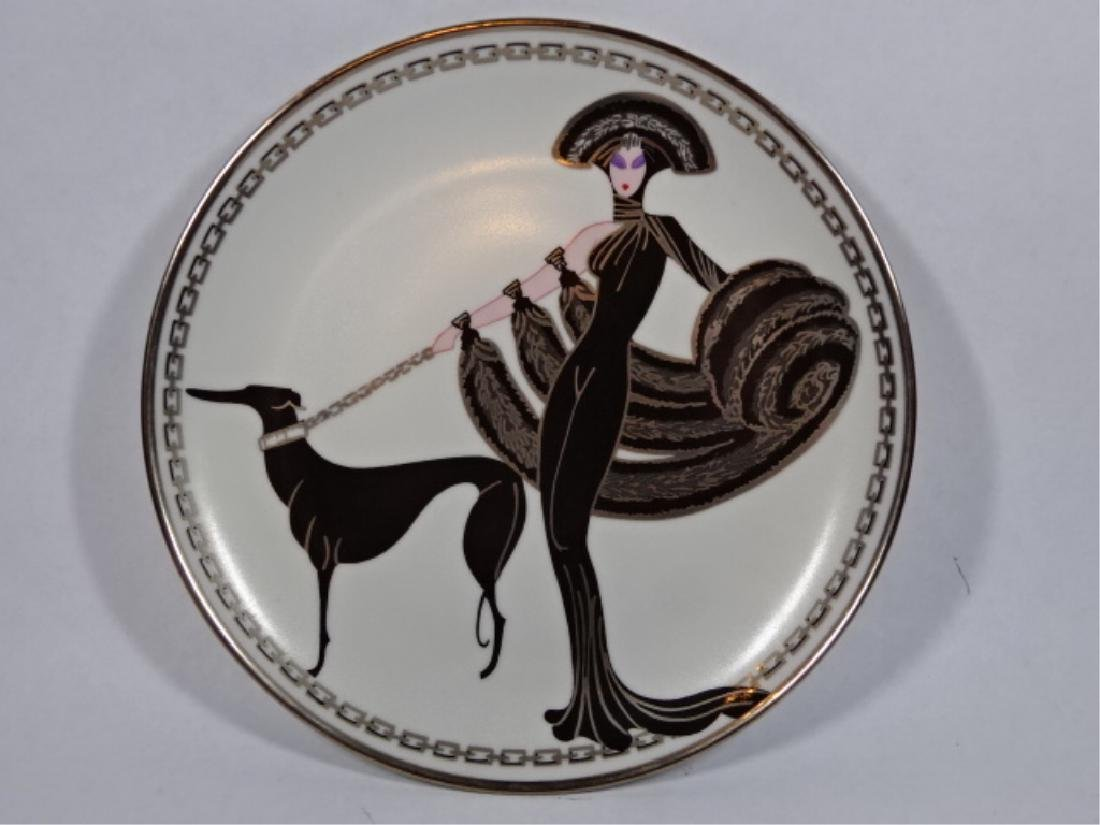 "HOUSE OF ERTE PORCELAIN 8"" PLATE, ""SYMPHONY IN BLACK"""