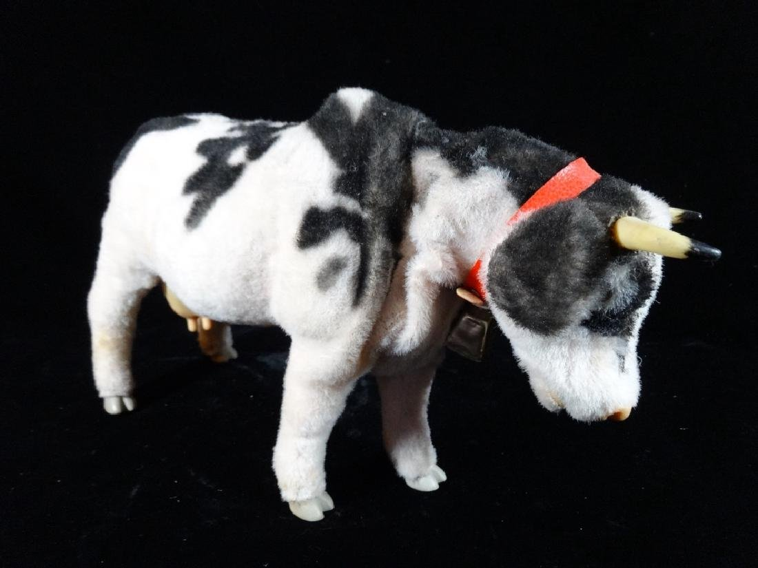 VINTAGE MECHANICAL COW TOY, BATTERY OPERATED, VERY GOOD - 2