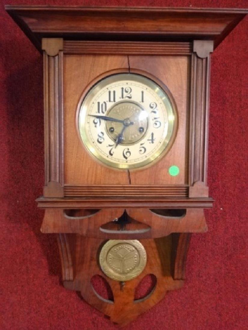 VINTAGE WALL CLOCK, WOOD CASE, CRACK TO WOOD