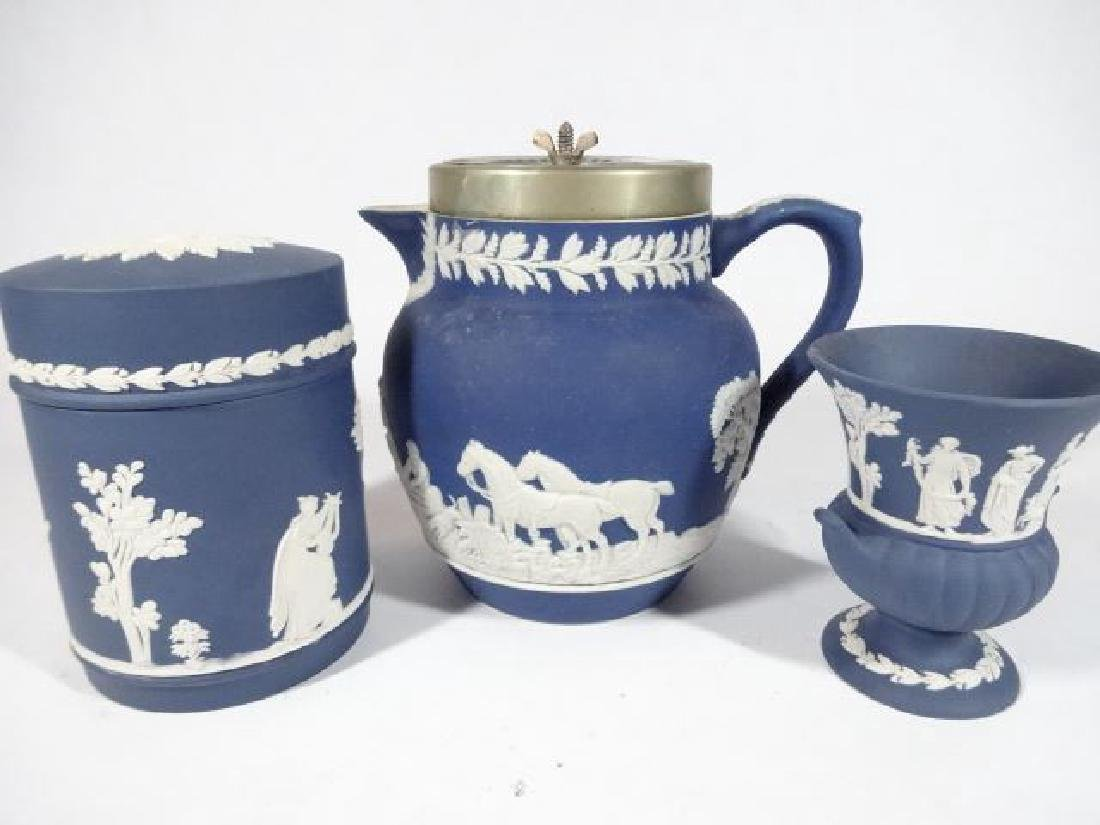 3 PC WEDGWOOD JASPERWARE PORCELAIN SERVEWARE, INCLUDES
