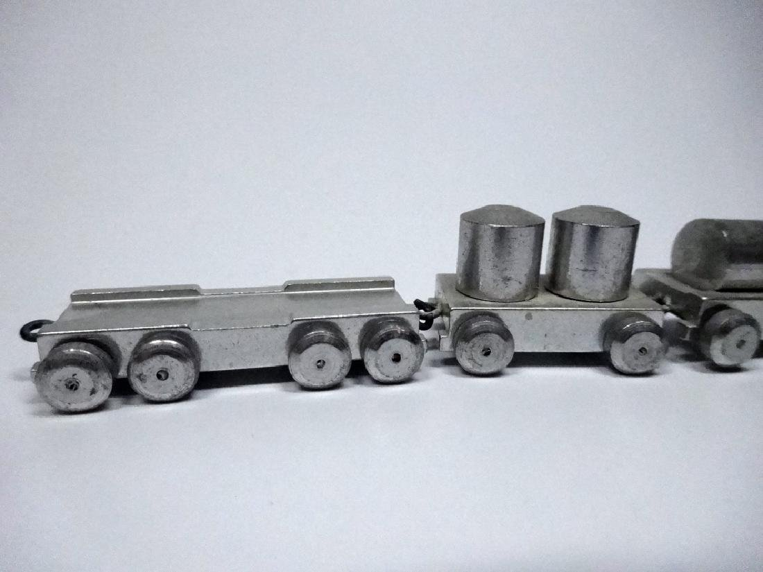 7 PC GEBR HILDNER MINIATURE TRAIN, ALUMINUM, MADE IN - 5