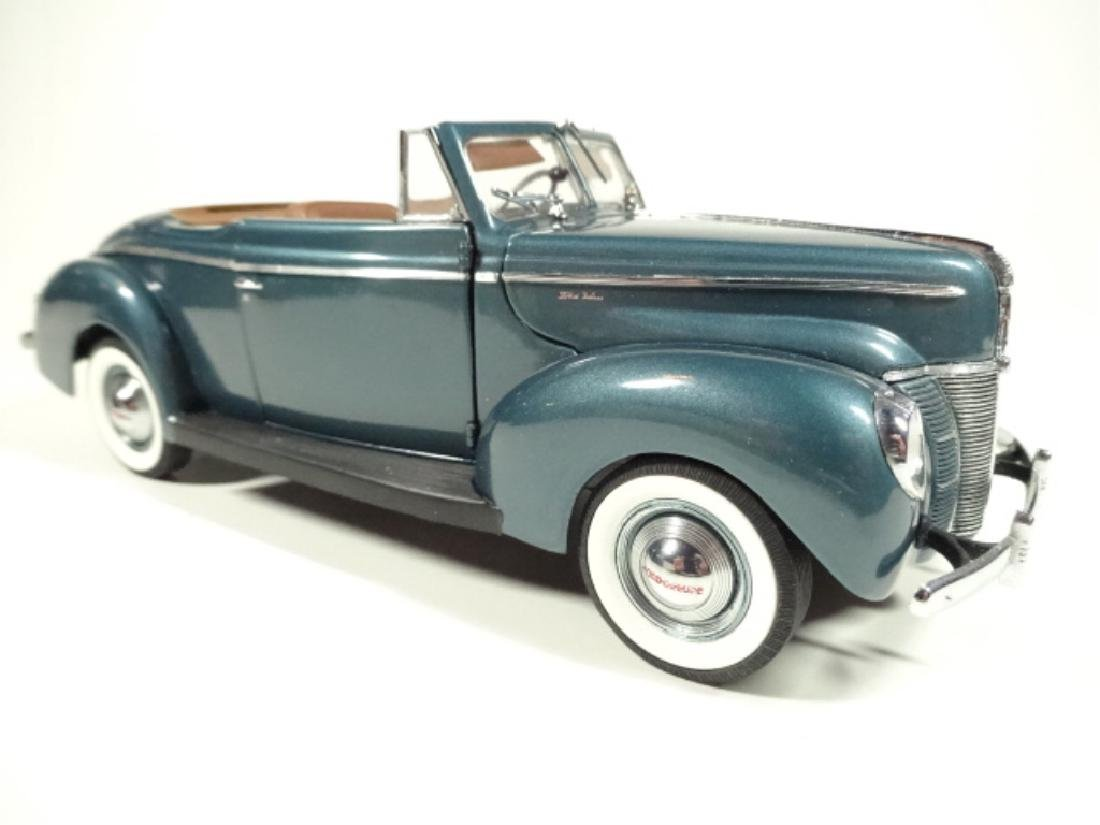 1940 FORD DELUXE CONVERTIBLE, MINT CONDITION, LIMITED - 2