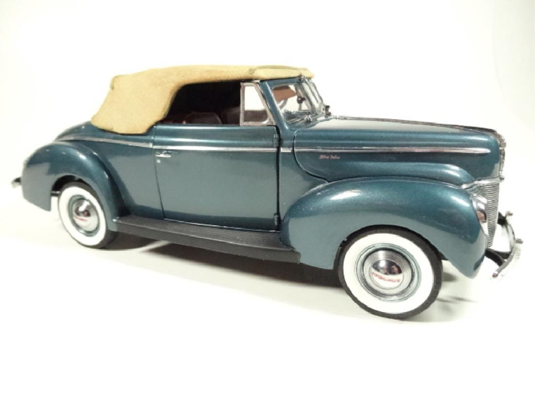 1940 FORD DELUXE CONVERTIBLE, MINT CONDITION, LIMITED - 3