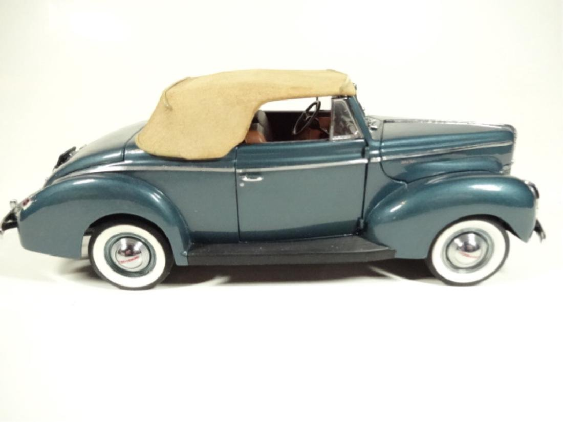 1940 FORD DELUXE CONVERTIBLE, MINT CONDITION, LIMITED - 4