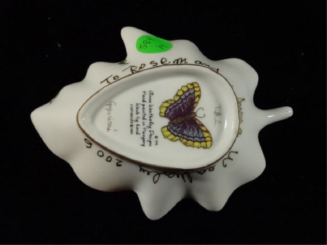 ANNA WEATHERLY PORCELAIN LEAF DISH WITH BUTTERFLY, HAND - 4