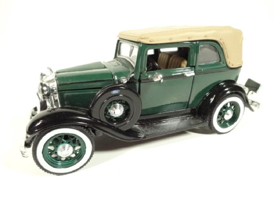1932 FORD CONVERTIBLE SEDAN BONNIE & CLYDE EDITION,