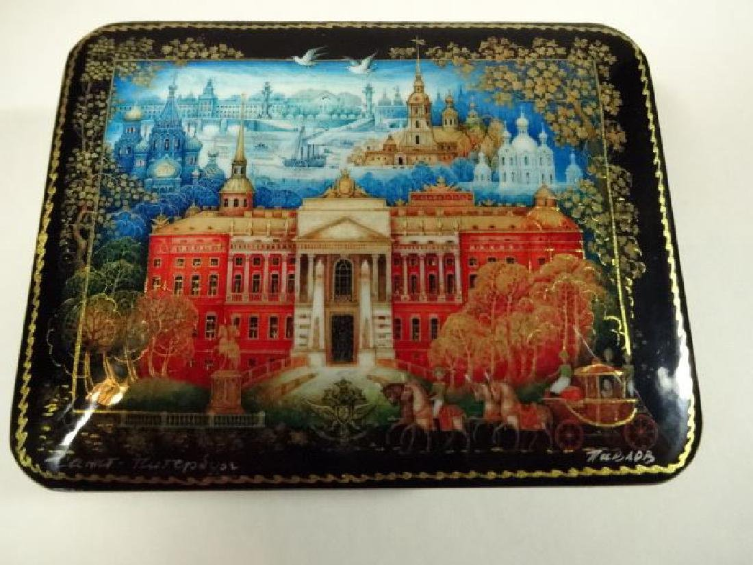 5 PC RUSSIAN LACQUERED BOXES, HAND PAINTED, ARTIST - 4