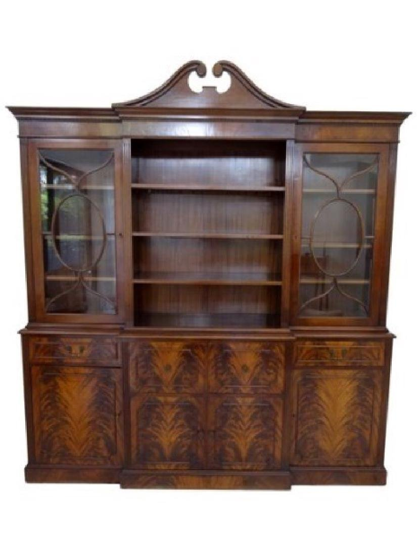 FLAME MAHOGANY BREAKFRONT BOOKCASE / BIBLIOTHEQUE, OPEN