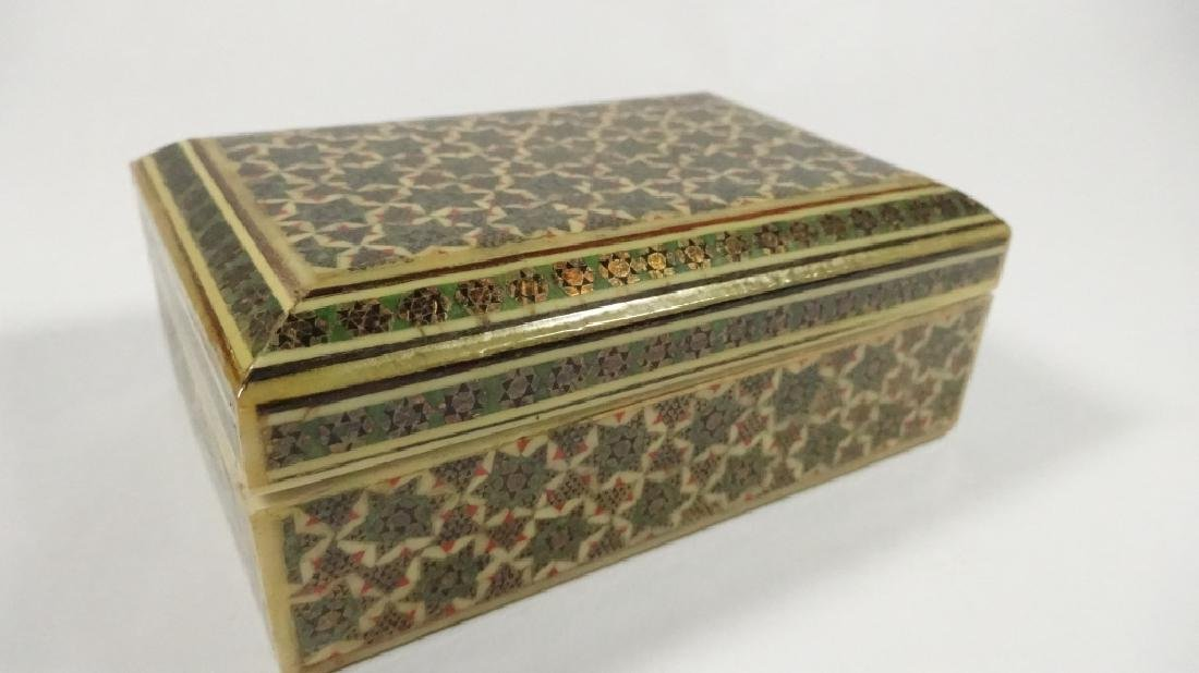 "BONE TRINKET BOX WITH STARS PATTERN, APPROX 1.5""H X 4"""