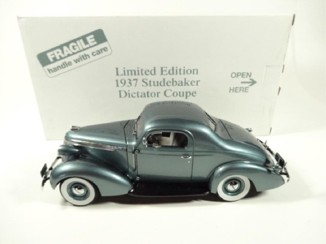 1937 STUDEBAKER DICTATOR COUPE, MINT CONDITION, DIECAST - 7