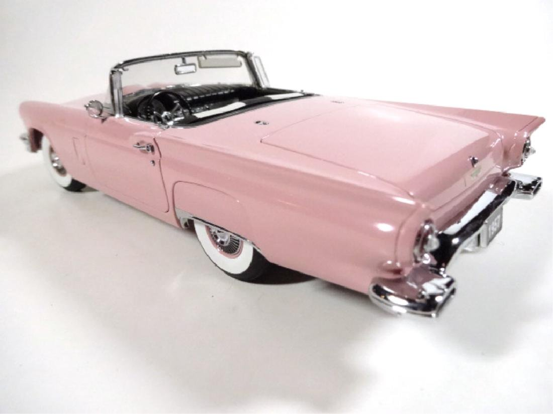 1957 FORD THUNDERBIRD, MINT CONDITION, LIMITED EDITION - 2