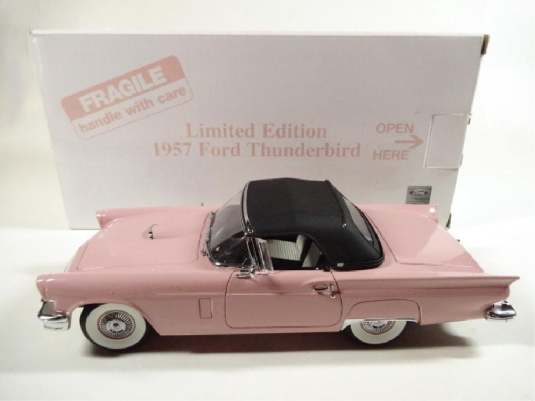 1957 FORD THUNDERBIRD, MINT CONDITION, LIMITED EDITION - 7