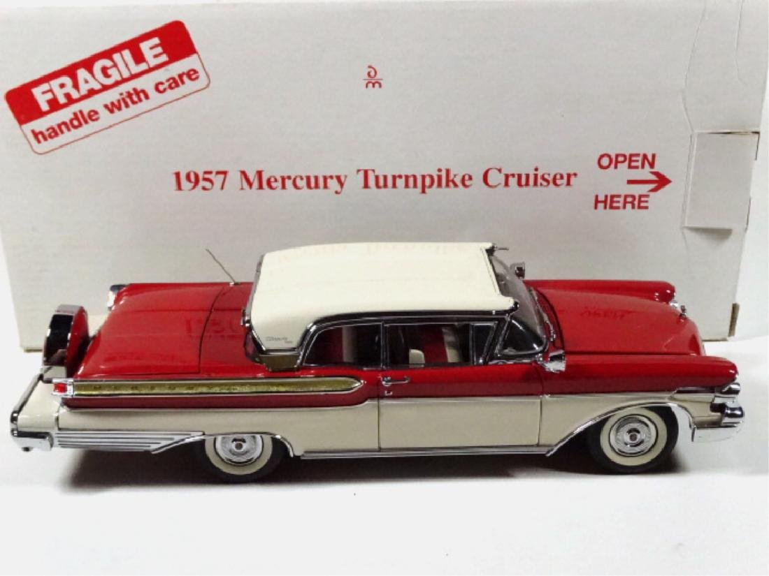 1957 MERCURY TURNPIKE CRUISER, MINT CONDITION, DIECAST - 7
