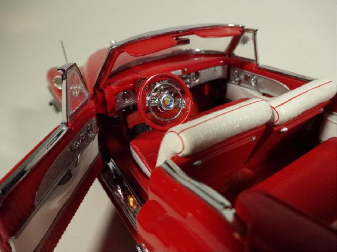 1953 BUICK SKYLARK, MINT CONDITION, DIECAST CAR FROM A - 5