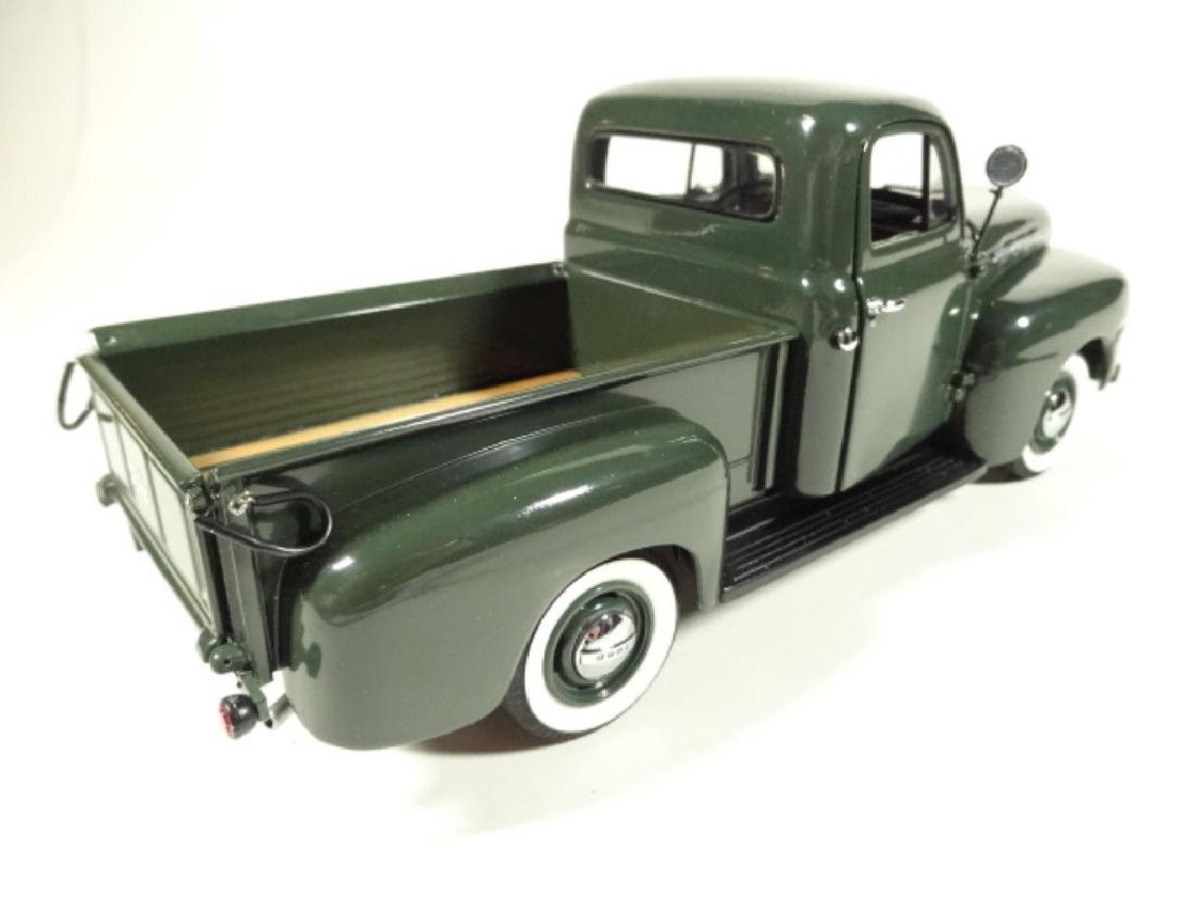 1957 FORD F-1 PICKUP TRUCK, MINT CONDITION, DIECAST CAR - 4