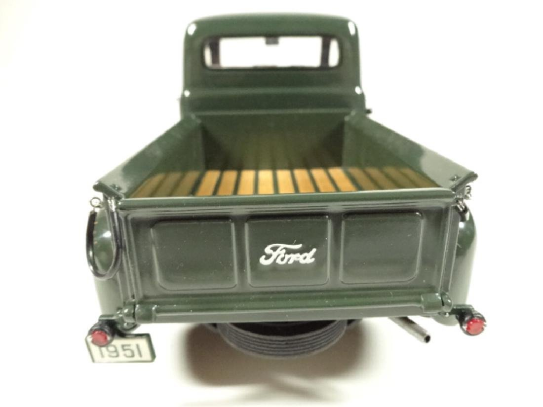 1957 FORD F-1 PICKUP TRUCK, MINT CONDITION, DIECAST CAR - 7