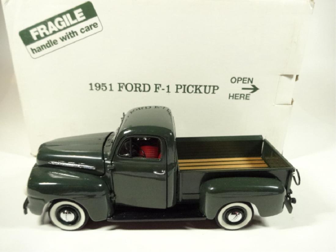 1957 FORD F-1 PICKUP TRUCK, MINT CONDITION, DIECAST CAR - 9