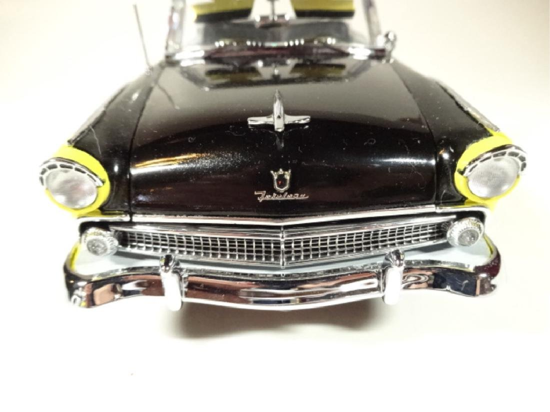 1955 FORD FAIRLANE SUNLINER CONVERTIBLE, MINT - 3