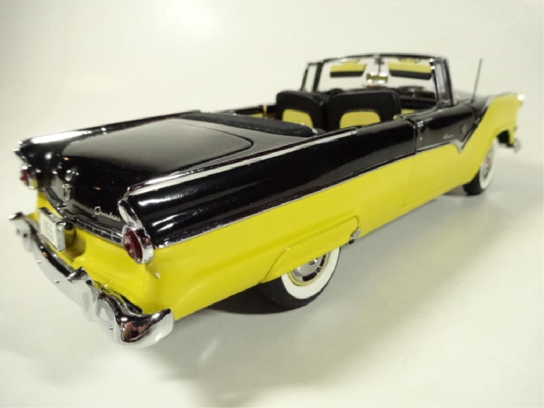 1955 FORD FAIRLANE SUNLINER CONVERTIBLE, MINT - 5