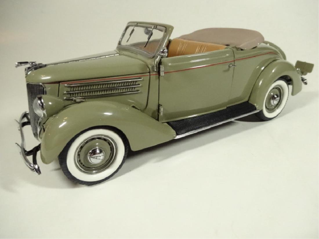 1936 FORD DELUXE CABRIOLET, MINT CONDITION, LIMITED - 3