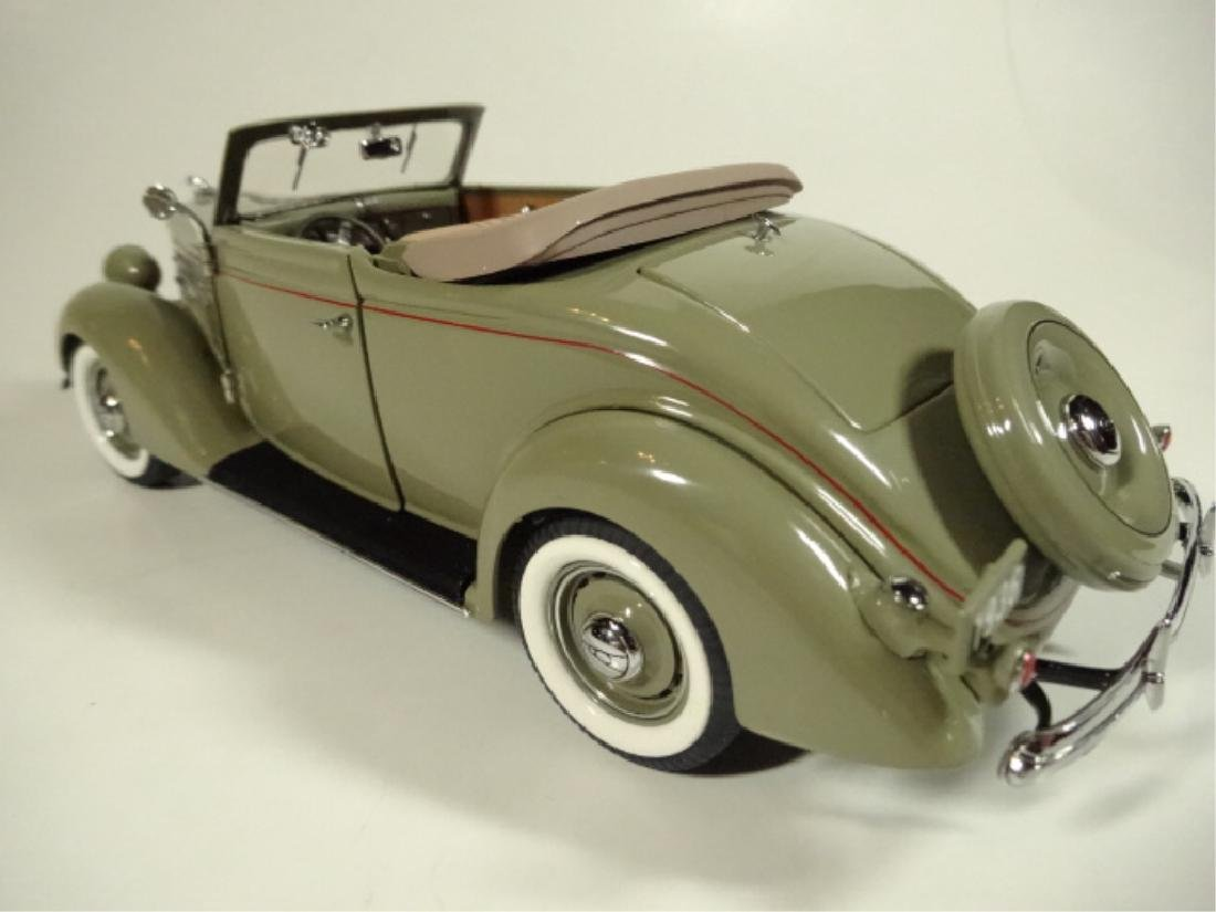 1936 FORD DELUXE CABRIOLET, MINT CONDITION, LIMITED - 4