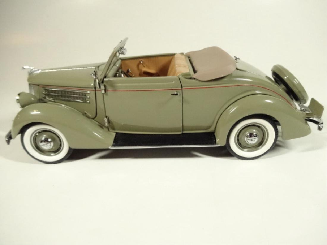 1936 FORD DELUXE CABRIOLET, MINT CONDITION, LIMITED - 6