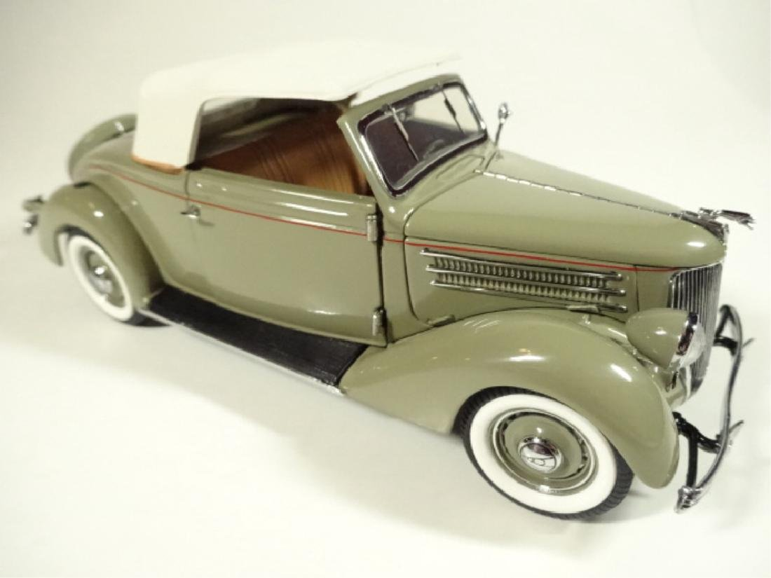1936 FORD DELUXE CABRIOLET, MINT CONDITION, LIMITED - 7