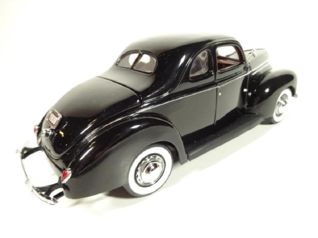 1939 FORD DELUXE COUPE, MINT CONDITION, LIMITED EDITION - 2