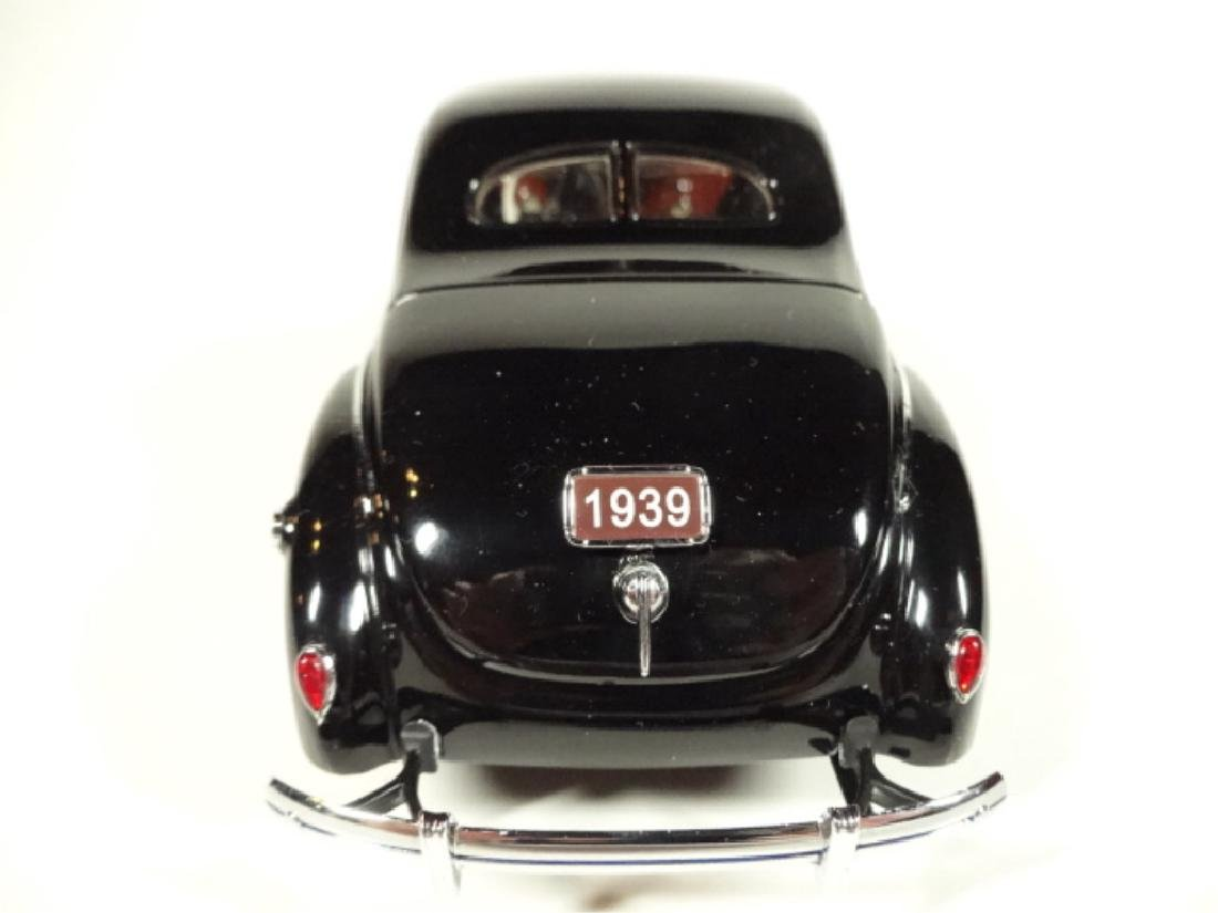 1939 FORD DELUXE COUPE, MINT CONDITION, LIMITED EDITION - 3