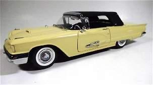 1959 FORD THUNDERBIRD CONVERTIBLE 124 DIECAST CAR