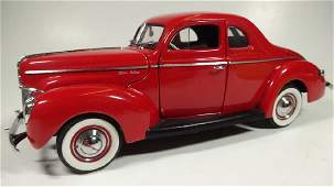 1940 FORD DELUXE COUPE, 1:24 DIECAST CAR BY DANBURY