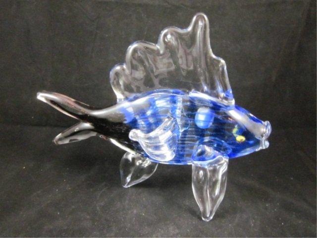 85: MURANO BLUE & CLEAR STRIPED ART GLASS FISH, WITH MU