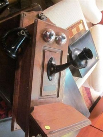 10: ANTIQUE NORTH ELECTRIC CO WALL TELEPHONE, TYPE K, A
