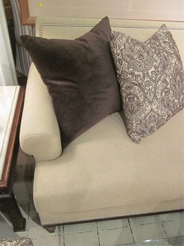 113: PRISTINE BERNHARDT FOR BLOOMINGDALE'S SOFA - 7