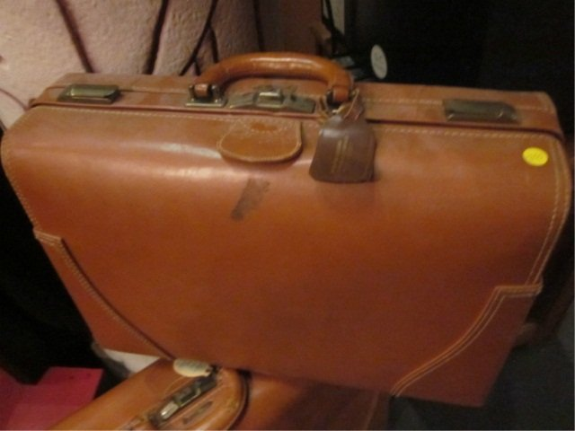 4: 2 VINTAGE LEATHER SUITCASES, BY H&M ST. LOUIS MISSOU - 2