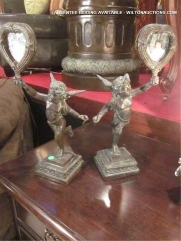 10: PAIR OF MAITLAND SMITH CHERUB FIGURAL PICTURE FRAME