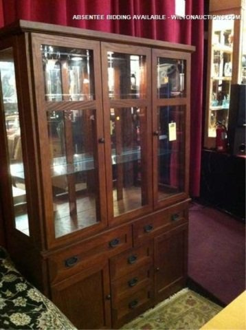 22: MISSION OAK STYLE CHINA CABINET, EXCELLENT CONDITIO
