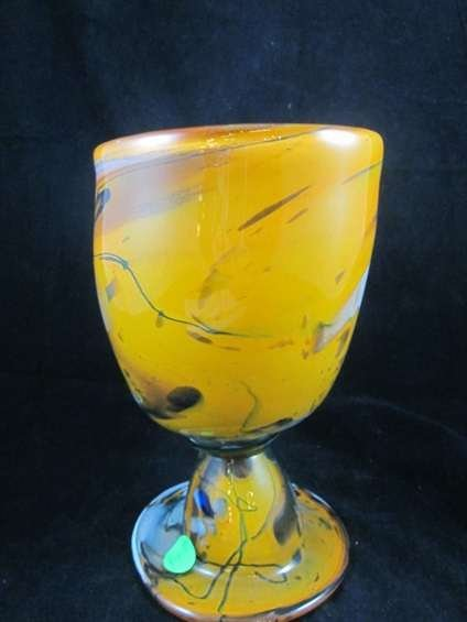 56: SIGNED MURANO ART GLASS GOLDEN GOBLET, WITH ETCHED  - 3