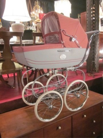 11: INGLESINA PRAM, MADE IN ITALY, BASED ON THE ENGLISH