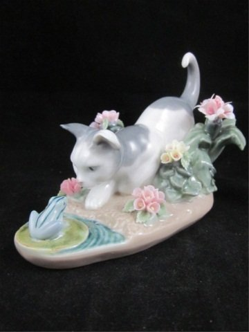 "20: RETIRED LLADRO PORCELAIN FIGURINE ""KITTY CONFRONTAT"