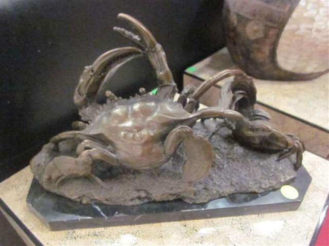 """84: BRONZE SCULPTURE OF TWO CRABS, APPROX 7 3/4"""" HIGH X"""