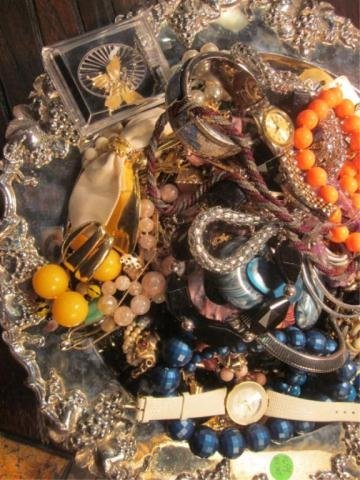 3: GROUP 2 OF 2 - TRAY FULL OF COSTUME JEWELRY (TRAY NO