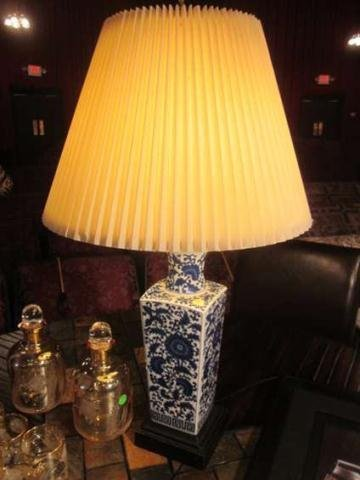 """9: WHITE AND BLUE PORCELAIN TABLE LAMP, APPROX 20""""H"""