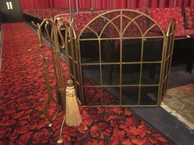8: FIREPLACE SCREEN AND TOOL SET, LIKE NEW CONDITION