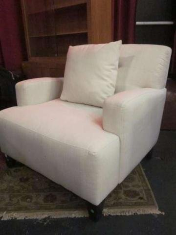 16: CONTEMPORARY CLUB CHAIR, SQUARE ARMS, WHITE UPHOLST