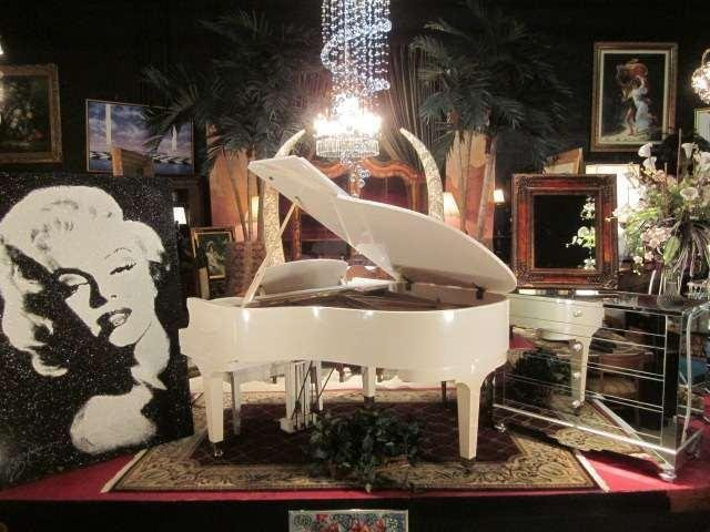 83: HOWARD-BALDWIN BABY GRAND PIANO IN WHITE LACQUER, 5